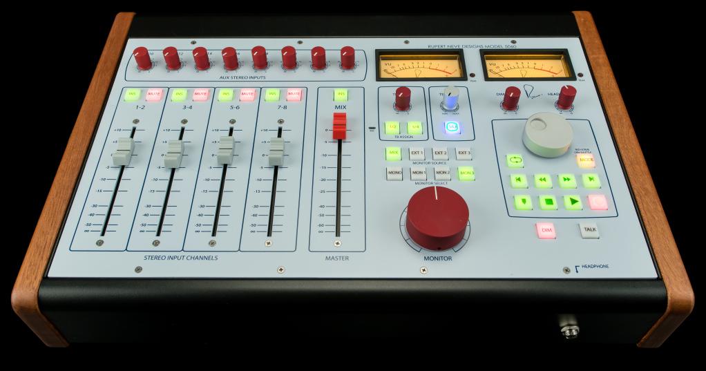 Desktop Mixer 24-in/2-out