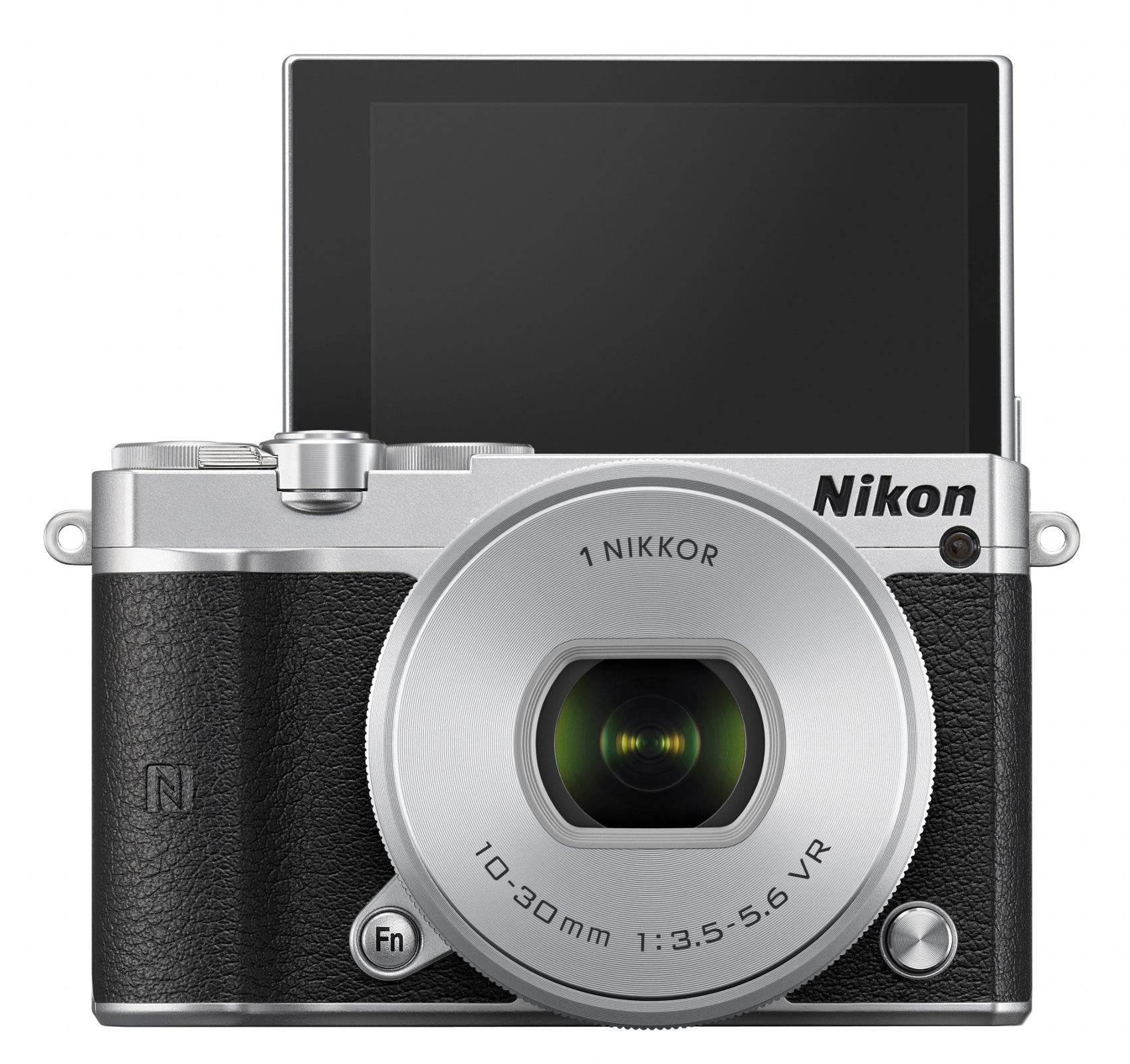 20.8MP 1 J5 One-Lens Camera Kit in Silver