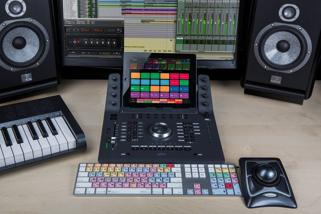 iPad-Based Control Surface and Dock for Pro Tools