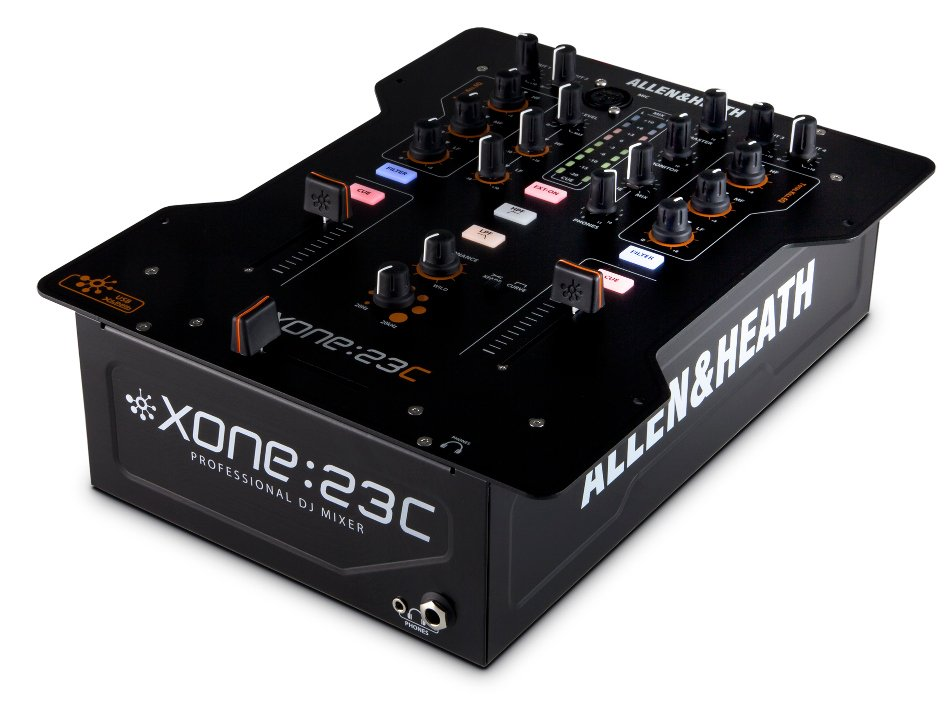 DJ Mixer with Internal Soundcard