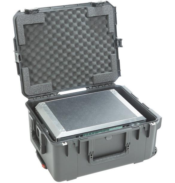 iSeries Waterproof Case with ATA Removable 3RU Shock Rack