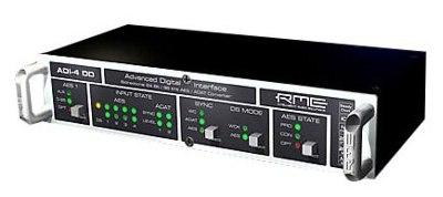 8-Channel 24 Bit/96 kHz Dual Format Converter
