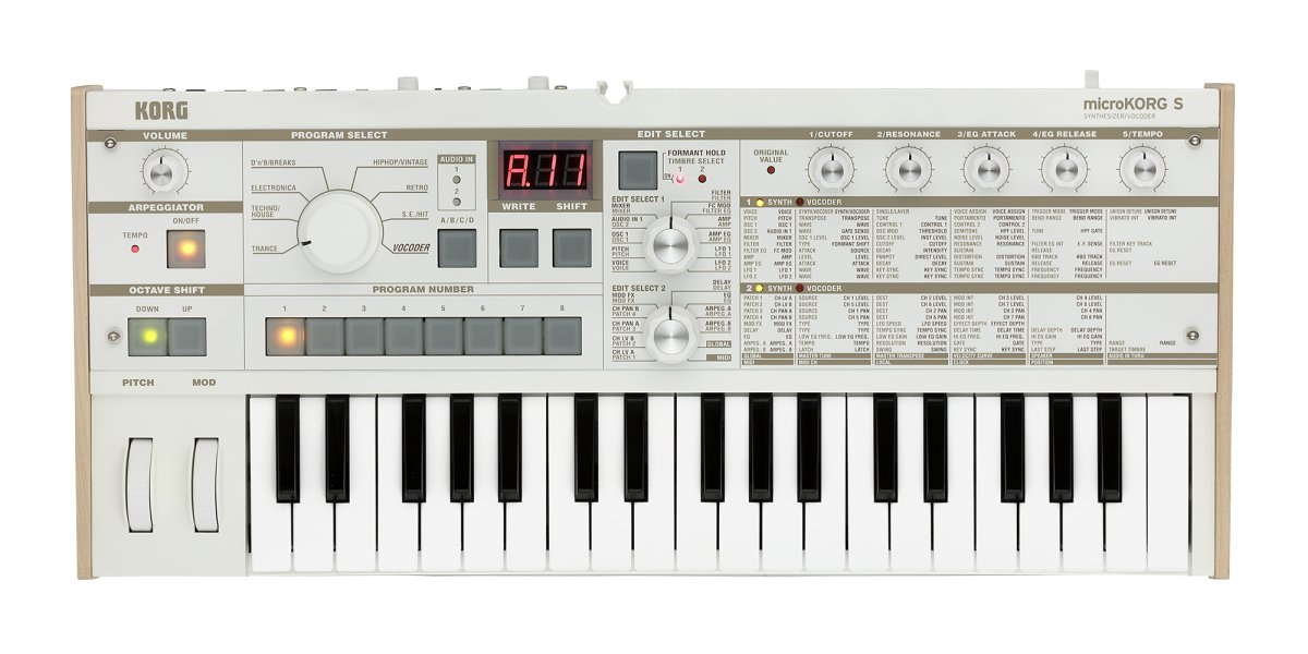 37-key Synthesizer/Vocoder - 4 Voices