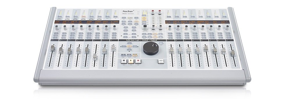16 fader DAW Controller