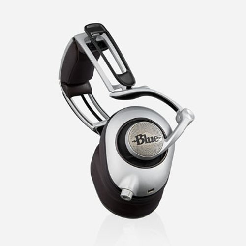 Headphones with Planar Magnetic Technology and  On-Board Preamplifier