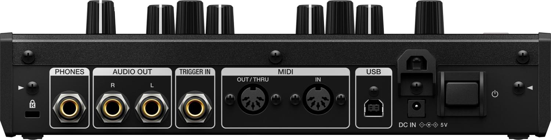 Monophonic Analog Synthesizer