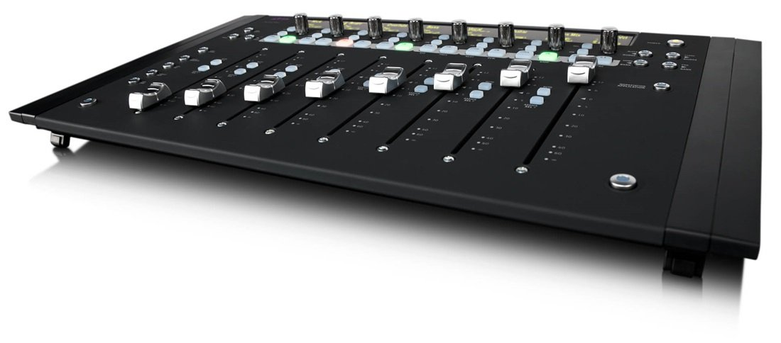 Control Surface with 8 Touch-Sensitive Faders for Educational Institutions