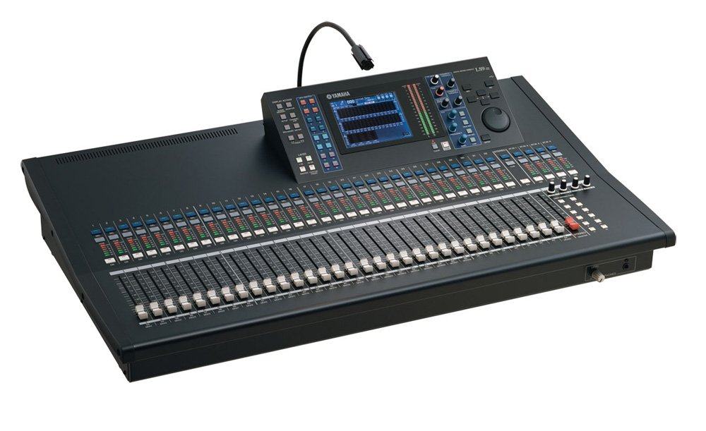 64-Channel 32-Input Digital Mixing Console