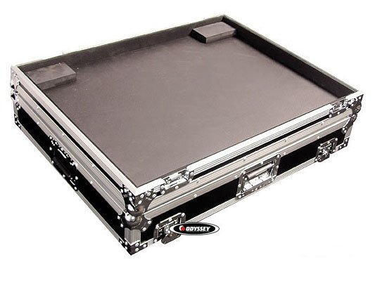 Flight Zone Series Mixing Console Case with Wheels for Yamaha MG24/14 FX 14 Bus