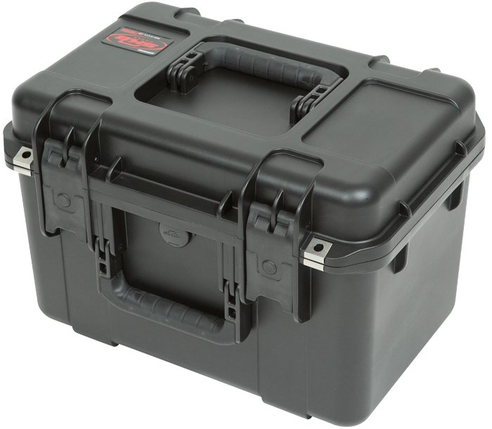 "iSeries Injection Molded Waterproof Utility Case with Cubed Foam, 16""x10""x10"""