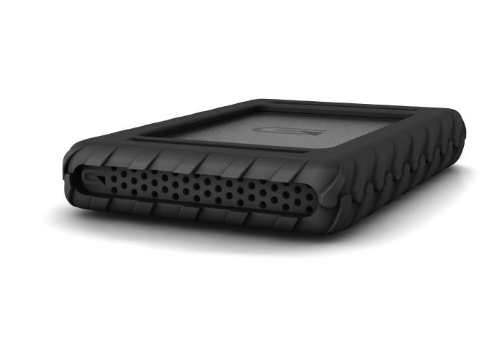 7.6TB Bus-Powered SSD, USB-C (3.1, Gen2)