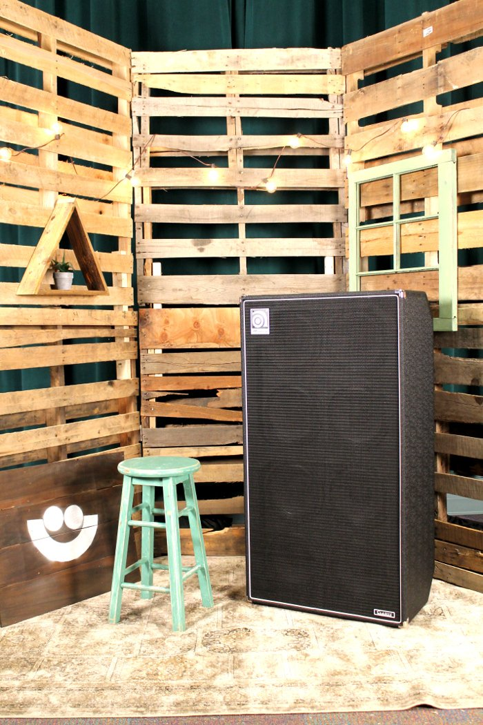 """2x400W RMS 8x10"""" Bass Cabinet"""