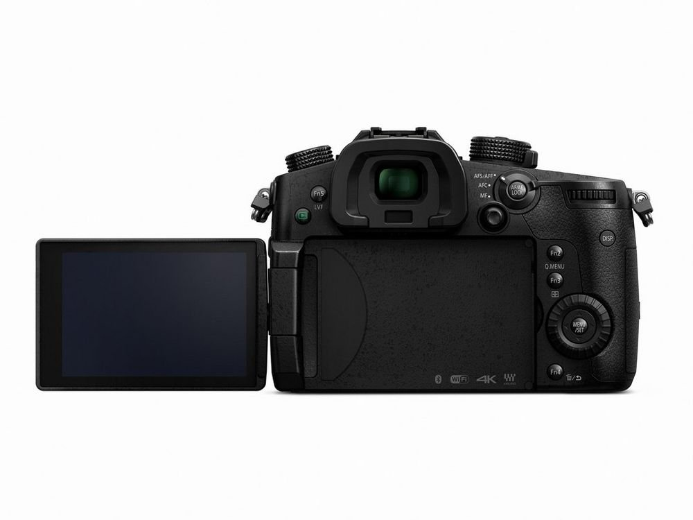 Mirrorless Micro Four Thirds Digital Camera with 12-60mm Lens
