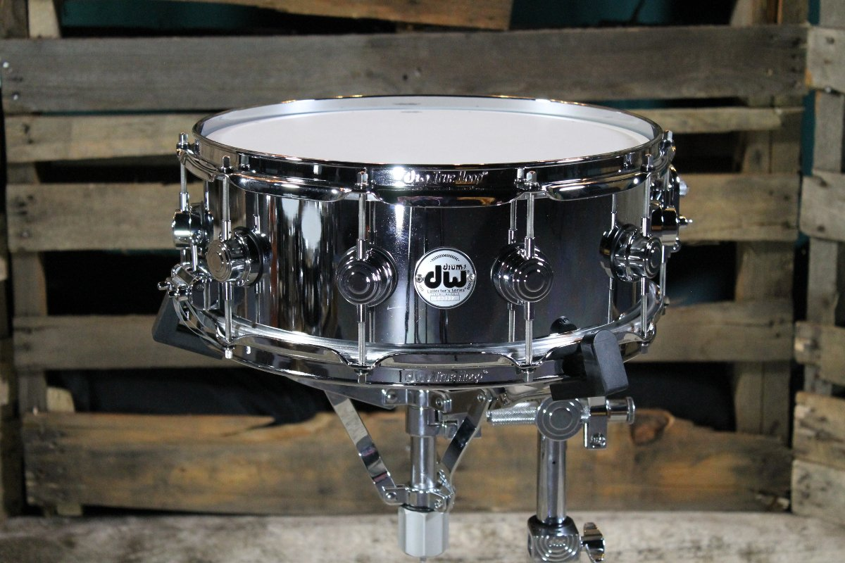 """14""""x5.5"""" Collectors Series Steel Chrome Polished Snare"""