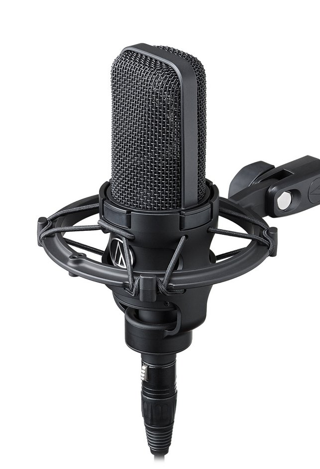 Cardioid Condenser Microphone with Shockmount and Case