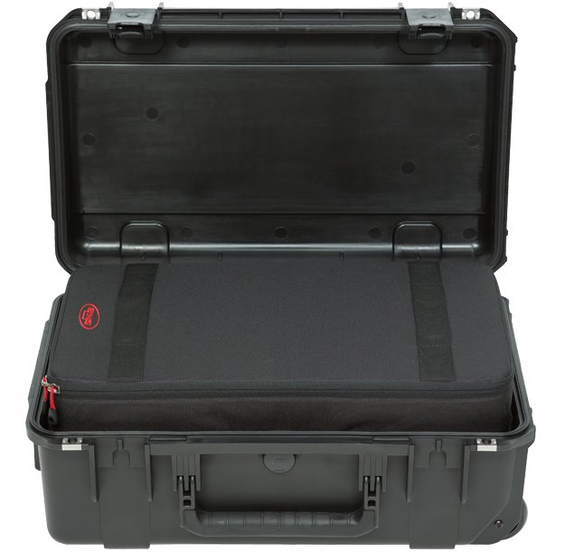 iSeries 2011-7 Case with Think Tank Designed Removable Zippered Divider Interior