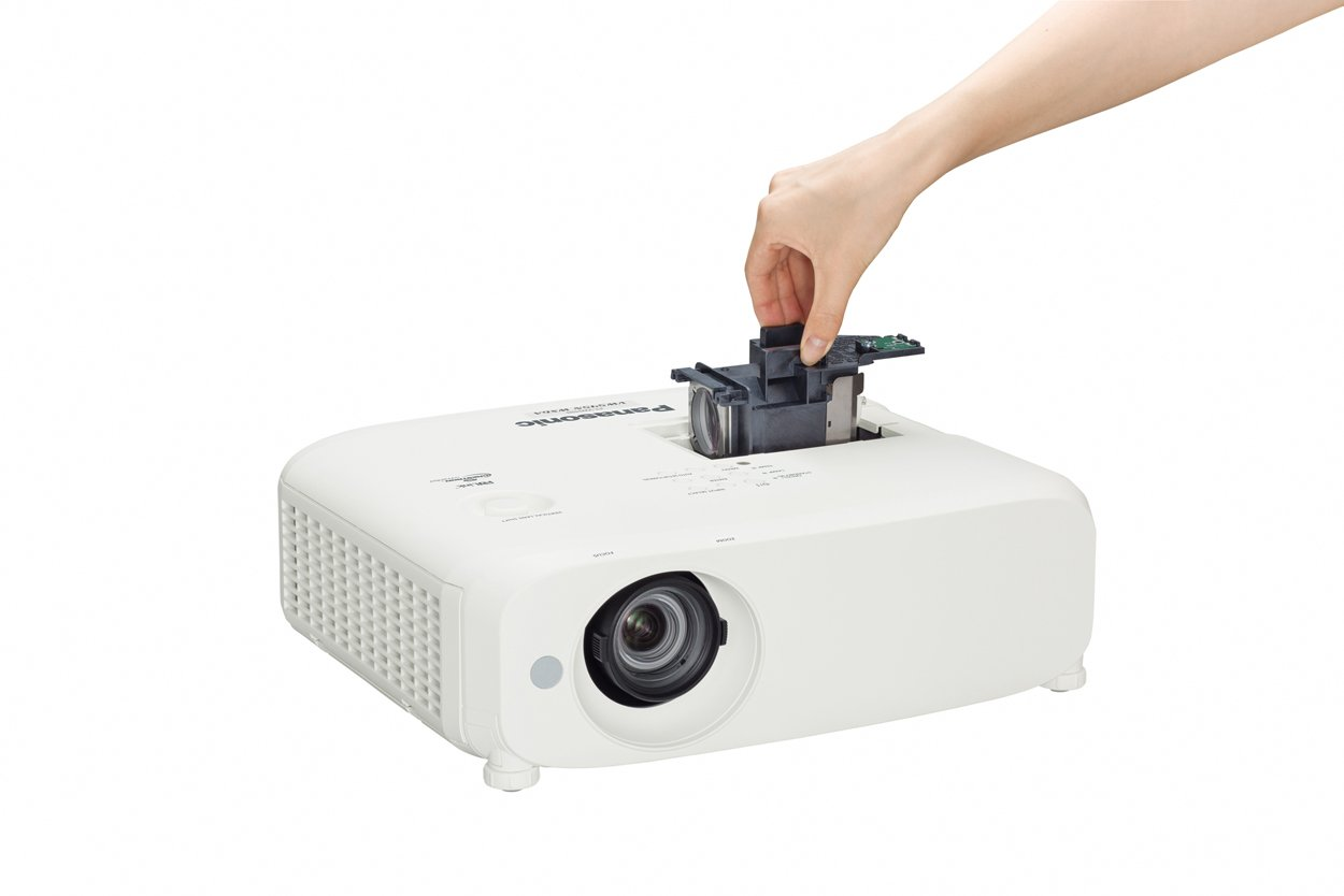 5500 Lumens WXGA LCD Projector with Lens and Wireless Function