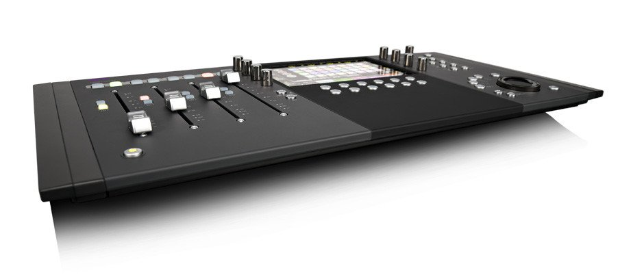Compact Control Surface with 4 Touch-Sensitive Faders
