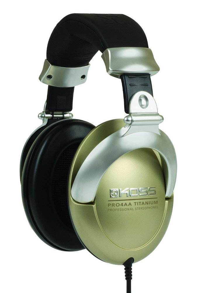 Closed-Ear Studio Headphones