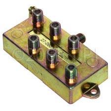 1 Input to 2 Output F Splitter