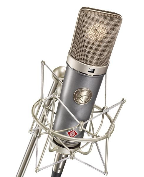 Multipattern Microphone with K67 Capsule in Dual Tone Finish, Wood Box, EA 87 Shock Mount, WS 87 Windscreen, & IC 3/25 Cable