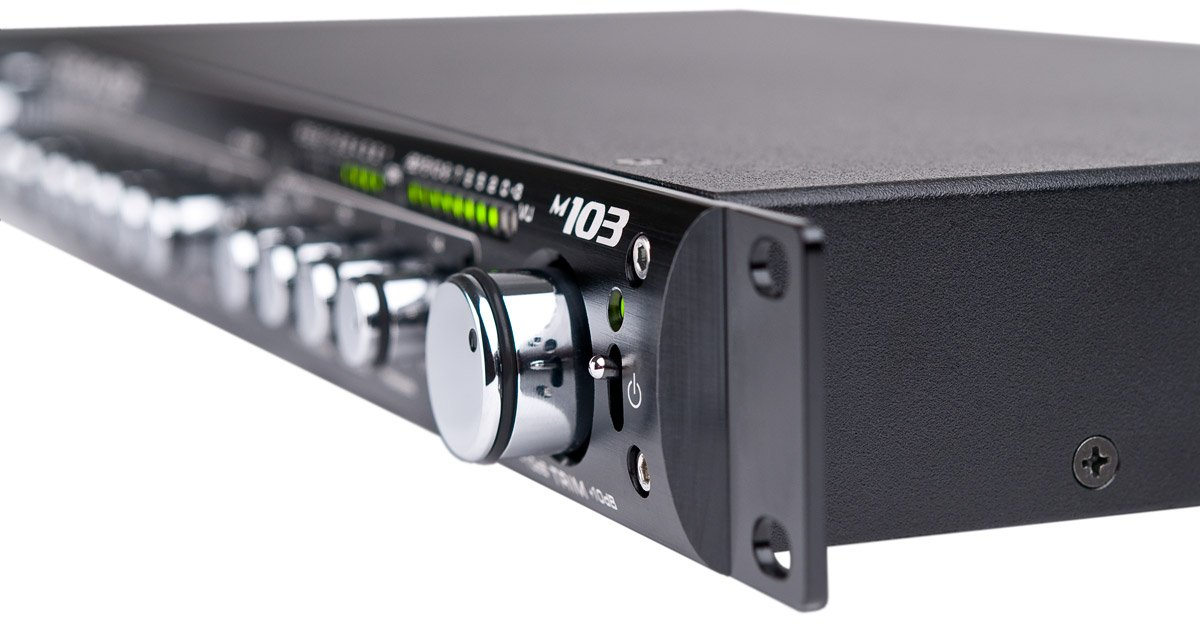 1RU Channel Strip / Single Channel Microphone Preamplifier / 3-Band EQ / Optical Compressor