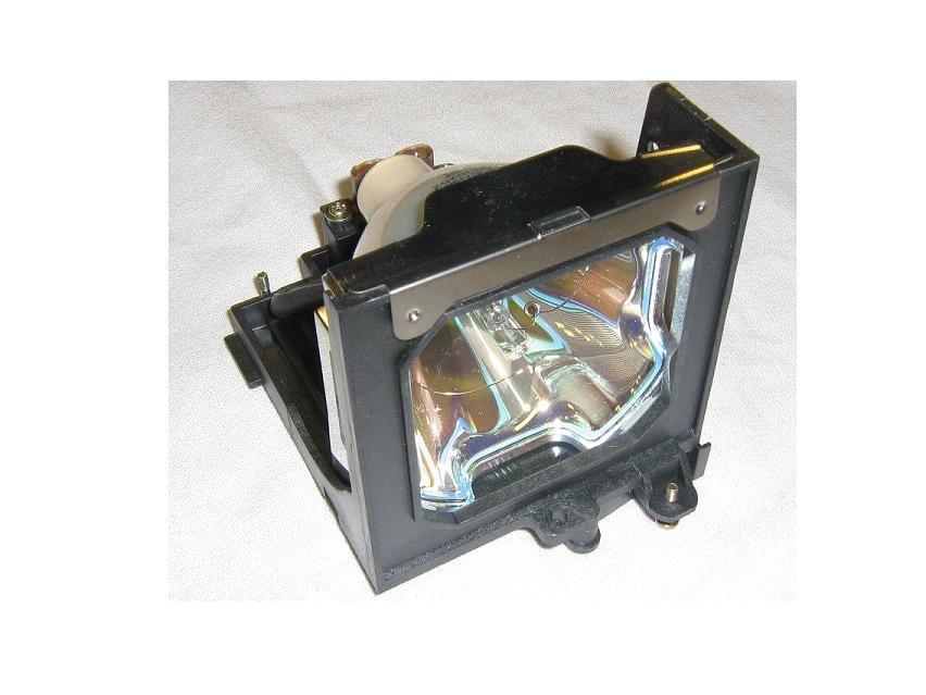 Sanyo PLCXT16 Lamp 0053758